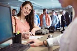 Lao động trung học phổ thông tại Canada có thể làm những nghề gì?