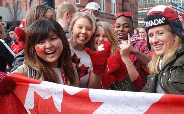 xuất khẩu lao động Canada nâng cao khả năng ngoại ngữ