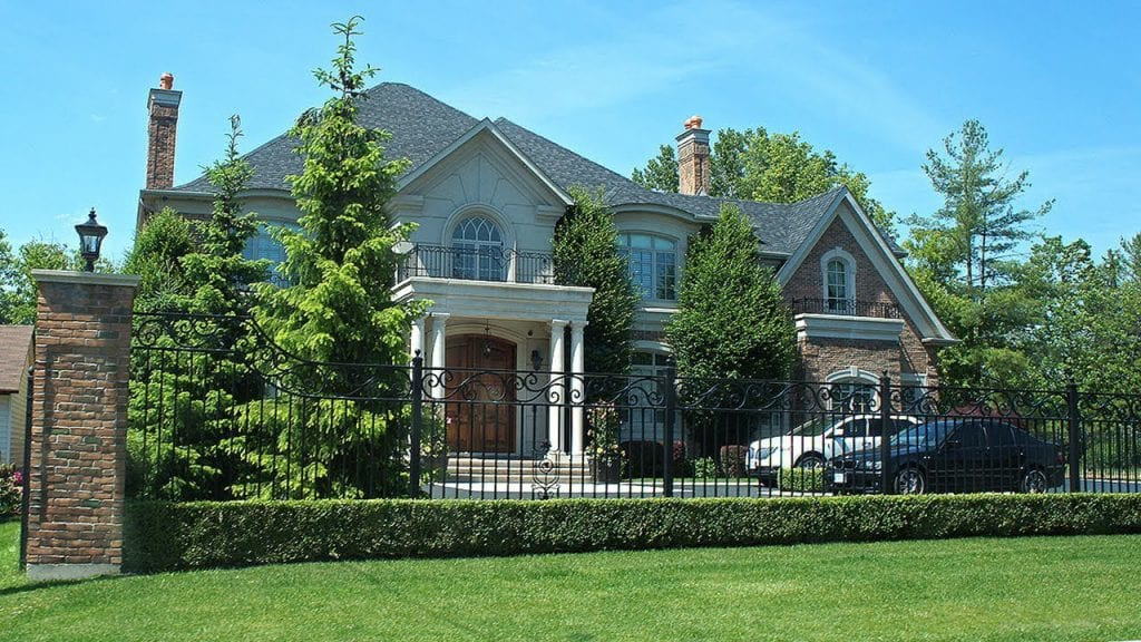 Mua nhà ở Canada bao nhiêu tiền?
