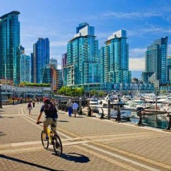 Du lịch kết hợp làm việc tại Canada