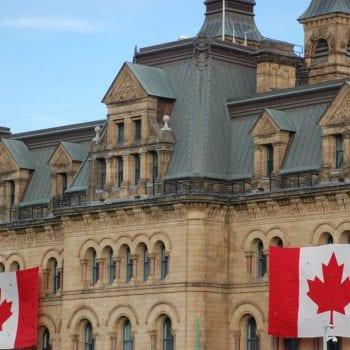 Thời hạn của visa du lịch Canada có lâu không?