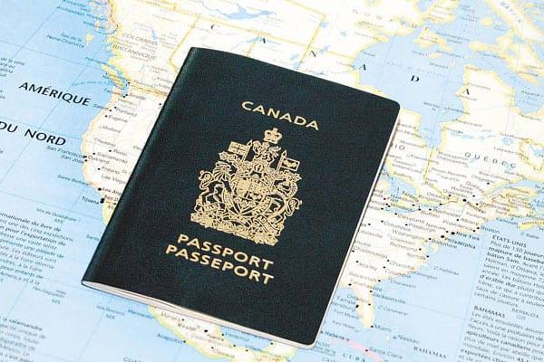 Du lịch cùng tấm hộ chiếu Canadalà một trong những đặc quyền khi bạn định cư tại quốc gia này