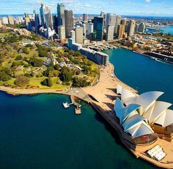 Người thân muốn bảo lãnh sang Úc định cư cần bao nhiêu tiền?