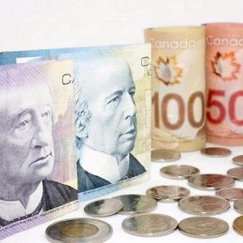 Canada dùng tiền gì