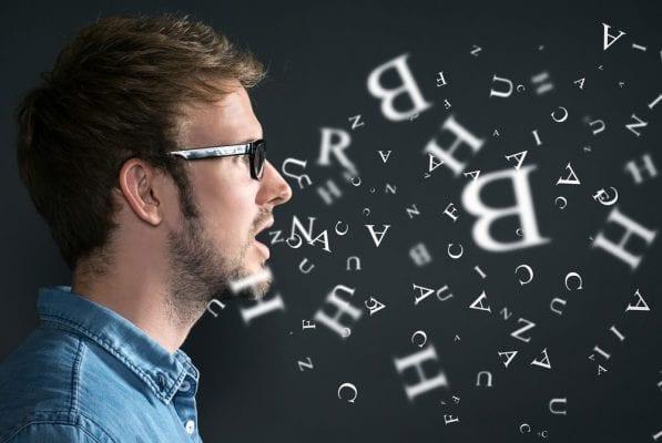 Người Úc có cách phát âm chậm, thường kéo dài nguyên âm cuối