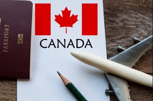 Điều kiện để xin thẻ xanh Canada cũng dễ hơn so với các nước khác