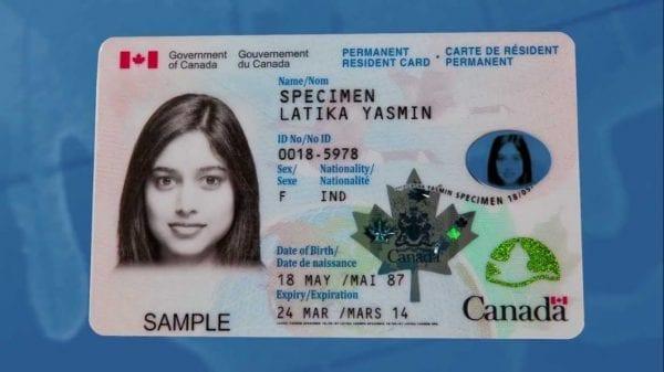 Thẻ xanh Canada giúp chứng nhận cư trú hợp pháp ở Canada