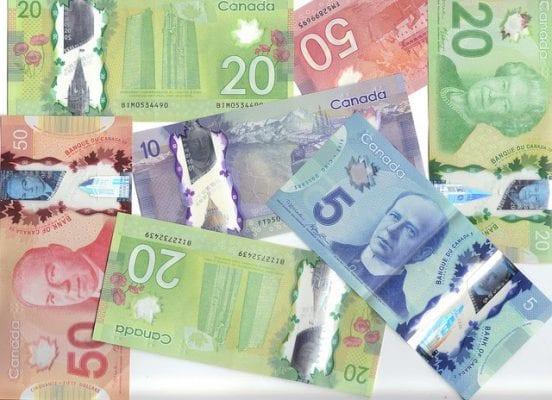 Tìm hiểu Canada dùng tiền gì để chuẩn bị tốt chi phí sang Canada