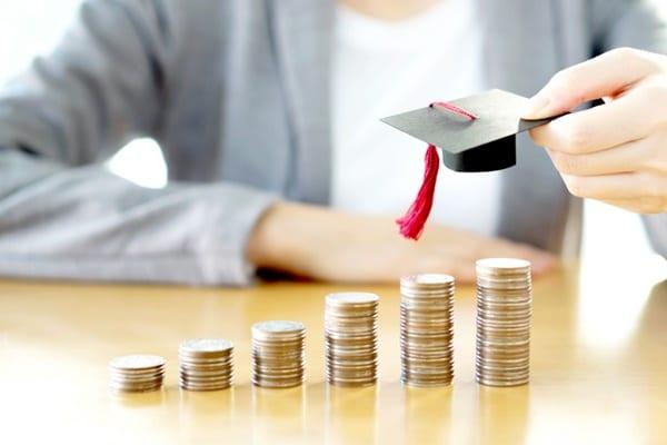 Tỉ lệ cạnh tranh khi xin học bổng du học Canada là rất lớn