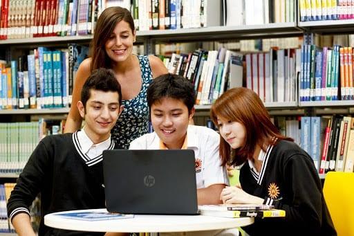 hệ thống giáo dục trung học canada