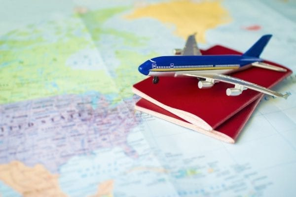 xin visa du lịch canada có được đi làm không