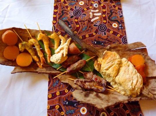 Cách chế biến thủ công và nguyên liệu đặc biệt đã tạo nên một một món ăn mang hương vị lịch sử- Bush tucker