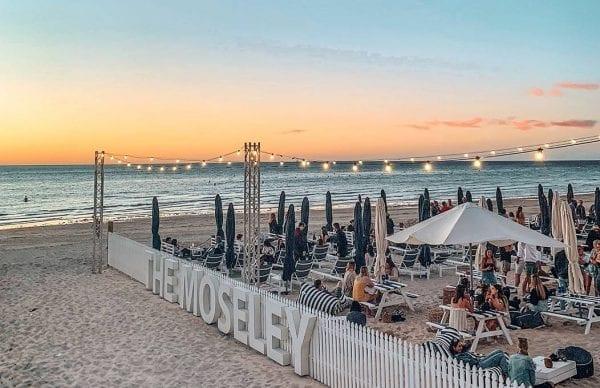 Glenelg là bãi biển được yêu thích nhất ở Adelaide