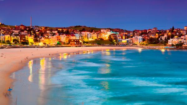 Say đắm với bãi biển Bondi lúc hoàng hôn