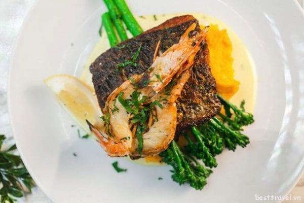Cá chẽm - Món ăn nên thử 1 lần khi đến Perth Úc