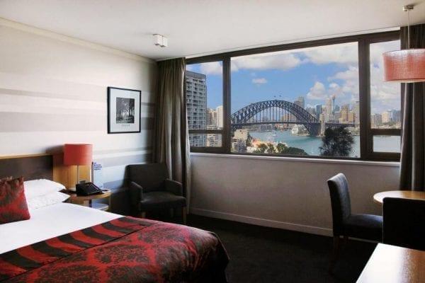 Nên đặt phòng khách sạn tại Sydney sớm để có thể lựa được vị trí đẹp cũng như giá thấp hơn