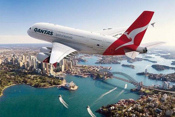 Giá vé máy bay đi Úc hiện nay khoảng 12 triệu đồng/vé
