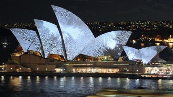 Nhà hát Sydney Opera House thể hiện đỉnh cao nghệ thuật và kiến trúc Úc