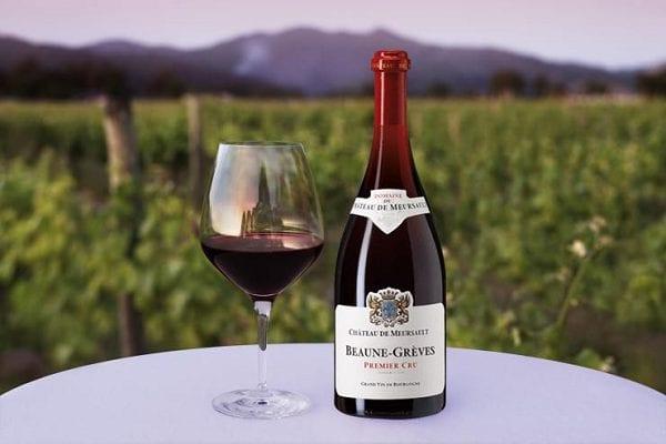 Rượu nho đen Pinots là thương hiệu được tín đồ đam mê rượu vang yêu thích