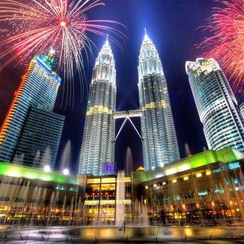 tháp đôi Petronas có gì
