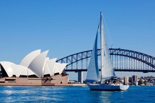 Thủ đô Sydney áp dụng múi giờ UTC+10