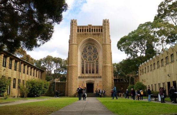 Trường đại học Melbourne Úc
