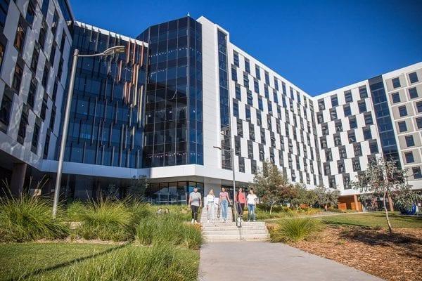 Trường đại học danh giá Canberra