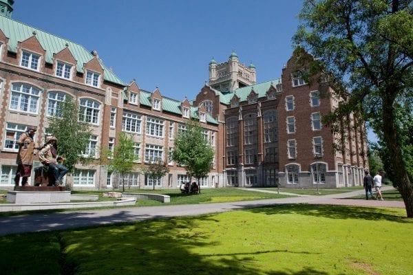 Concordia là trường đại học nghiên cứu toàn diện công cộng tại Quebec