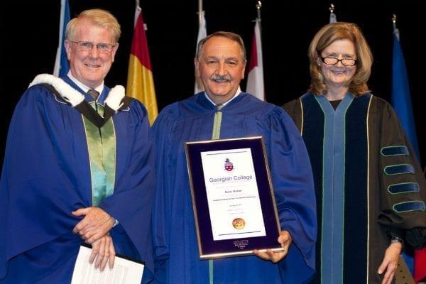 Để nhận được học bổng du học Quebec sinh viên cần đáp ứng một số yêu cầu