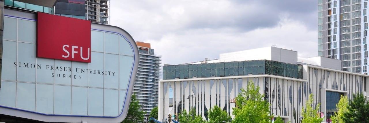 Trường đại học Simon Fraser University là ngôi trường tổng hợp số 1 ở Canada