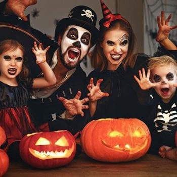 lê hôi halloween, biểu tượng halloween, lễ hội halloween ở mỹ, biểu tượng của halloween, các biểu tượng halloween, các biểu tượng của halloween, những biểu tượng halloween, halloween mỹ, halloween bên mỹ, lễ hội halloween của nước nào, lễ halloween ở mỹ, biểu tượng bí ngô halloween, biểu tượng của halloween là gì, halloween ở mỹ, kẹo halloween mỹ, lễ hội halloween mỹ, lễ hôi halloween