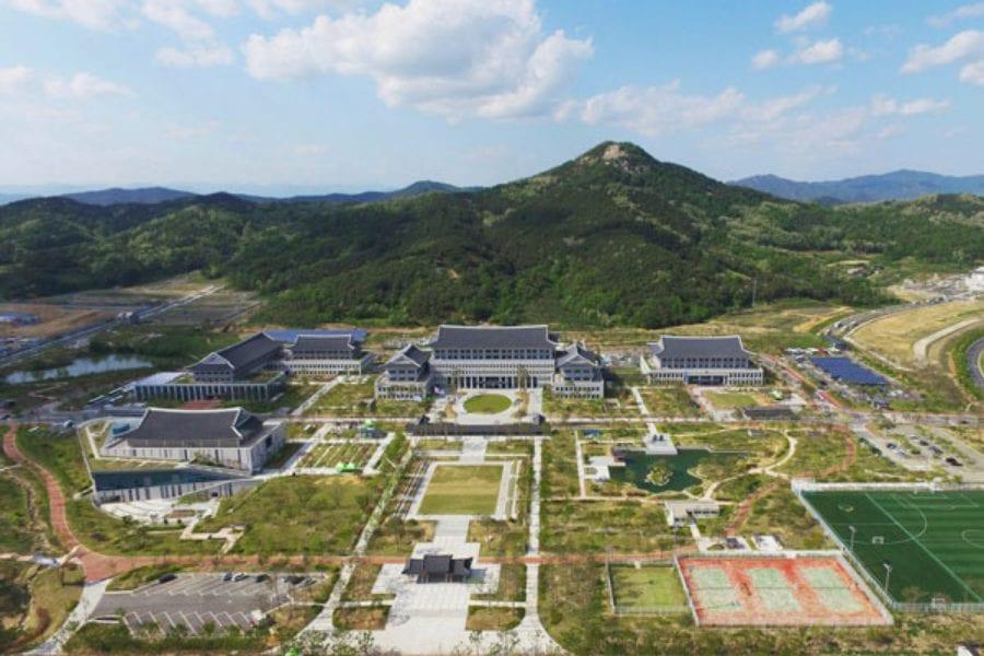 nhà xanh hàn quốc, kiến trúc nhà xanh, thiết kế nhà xanh, nhà xanh ở hàn quốc, nhà xanh phủ tổng thống hàn quốc, nhà xanh của hàn quốc, nha xanh han quoc, trang web nhà xanh hàn quốc, bên trong nhà xanh, nhà xanh tổng thống hàn quốc, nhà xanh dinh tổng thống hàn quốc, nhà xanh hàn quốc ở đâu, nhà xanh korea, nhà xanh hàn quốc tiếng anh, tham quan nhà xanh hàn quốc, địa chỉ nhà xanh hàn quốc, phong thủy nhà xanh hàn quốc, hình ảnh nhà xanh hàn quốc, nhà xanh hàn quốc là gì, nhà xanh han quoc, bí ẩn nhà xanh hàn quốc, cảnh vệ nhà xanh