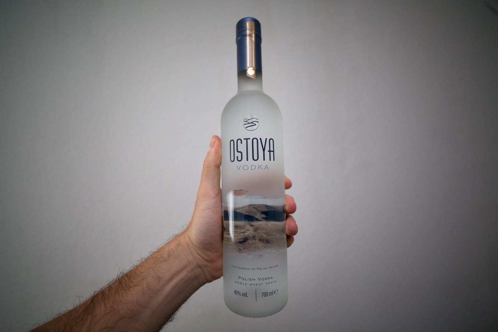 vodka ba lan, rượu vodka ba lan, giá rượu vodka ba lan, vodka cỏ ba lan, rượu vodka cỏ ba lan