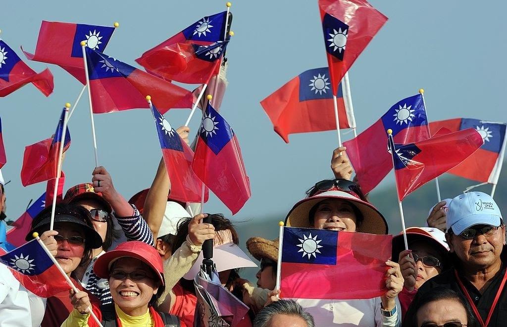 quốc kỳ trung quốc, lá cờ trung quốc như thế nào, ý nghĩa cờ trung quốc, lá cờ trung hoa, cờ trung quốc 6 sao, ý nghĩa quốc kỳ trung quốc, quốc kỳ trung hoa dân quốc, quốc kỳ trung quốc qua các thời kỳ, ý nghĩa của quốc kỳ trung hoa, biểu tượng quốc kỳ trung quốc, lịch sử quốc kỳ trung quốc, là cờ trung hoa dân quốc, quốc kỳ trung quốc ra đời năm nào, quốc kỳ trung quốc có thêm 1 ngôi sao