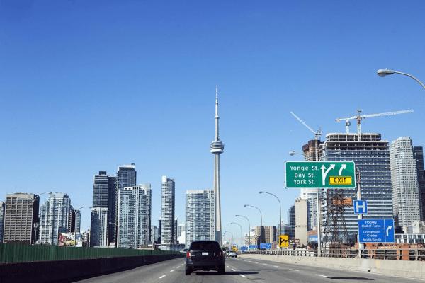 luật giao thông ở canada, giao thông canada, giao thông ở canada, biển báo giao thông ở canada