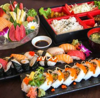 món ăn sushi của nhật bản, các món ăn sushi nhật bản, cách làm món ăn sushi nhật bản, món ăn sushi trên người, món ăn sushi, ẩm thực sushi nhật bản