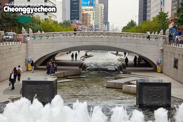 cheonggyecheon stream, suối cheonggyecheon hàn quốc, cheonggyecheon, suối nhân tạo cheonggyecheon, suối cheonggyecheon, suối cheonggyecheon ở hàn quốc, dòng suối cheonggyecheon, suối cheonggyecheon seoul